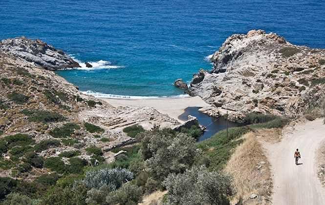 Παραλία Νας